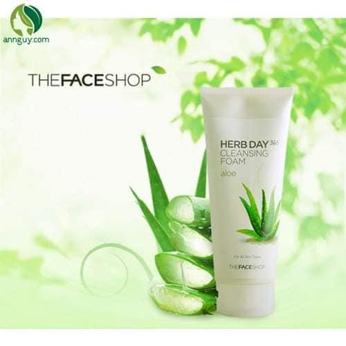 Sữa rửa mặt The Face Shop nha đam Herb Day 365