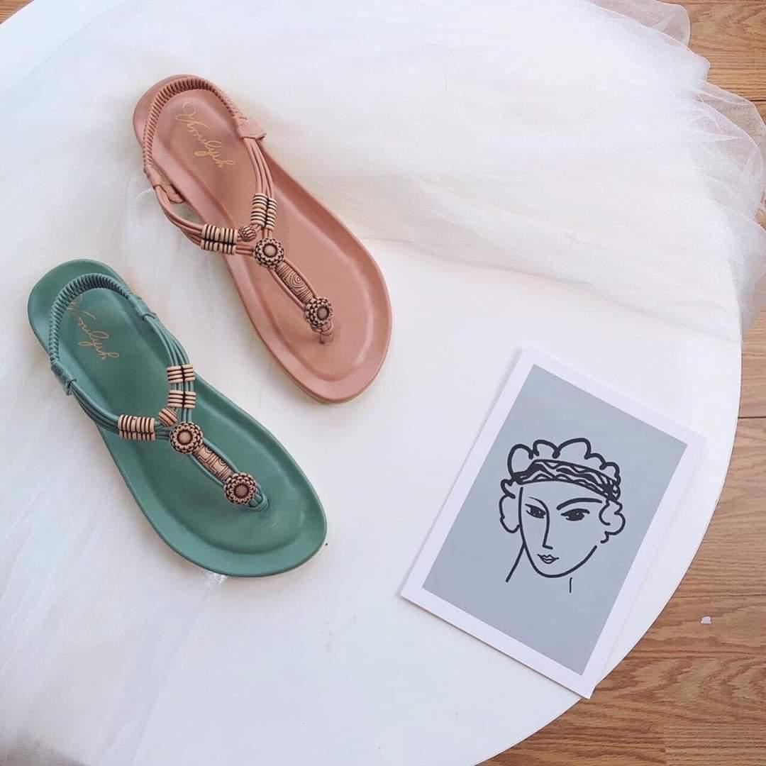Sandal thổ cẩm