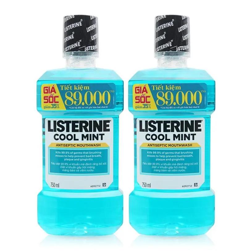Bộ đôi nước súc miệng diệt khuẩn Listerine Cool Mint 750ml