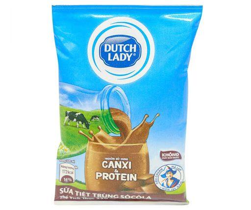 Sữa tiệt trùng vị sô cô la Active 20+ Dutch Lady gói 220ml