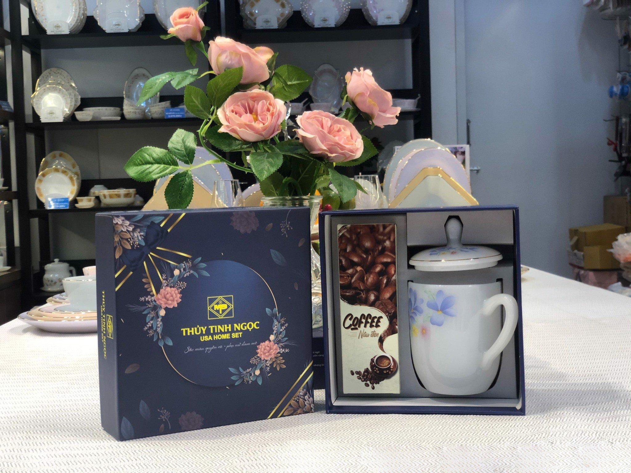 Bộ quà tặng ca trà kèm hộp trà,cafe hoa xanh